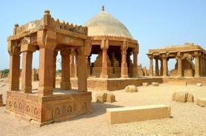 Chaukhandi Tombs of Pakistan - Marvelous Wonders of Land